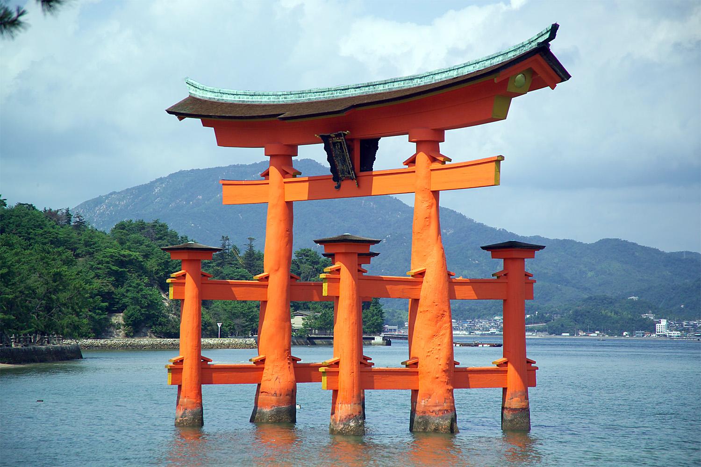 Shintoismo la religione primitiva giapponese lacooltura for Disegni tradizionali giapponesi