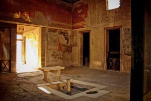 Stanza affrescata in Villa dei Papiri
