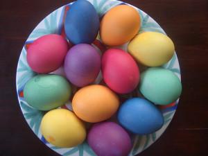 uova di cioccolato Pasqua Napoli