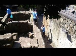 Mura Greche di napoli pulizia