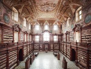 Girolamini biblioteca