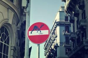 Clet Abraham: Street Art segnaletica