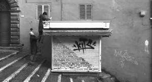 Edicola 518: a Perugia l'arte dal basso