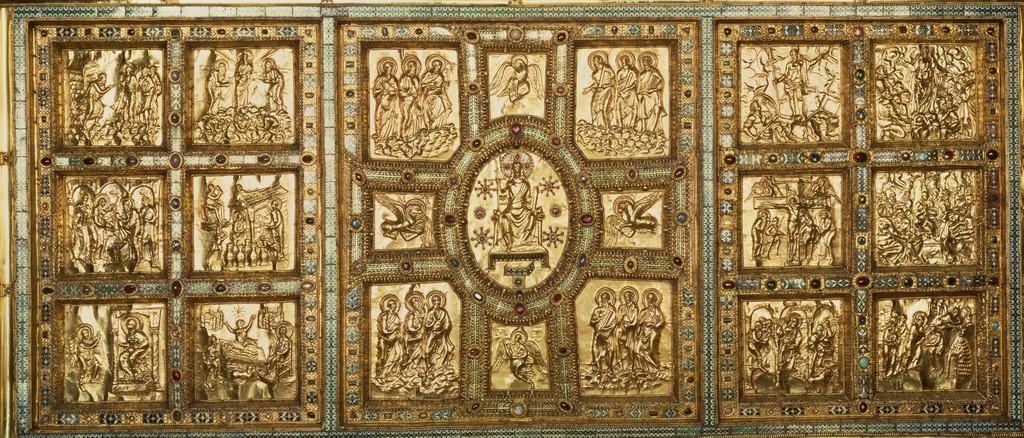 altare di sant'ambrogio a Milano: la preziosità del Medioevo