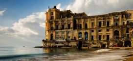 Palazzo Donn'Anna: quando l'amore porta alla morte