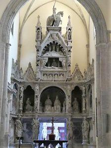 Monumento a Ladislao di Durazzo