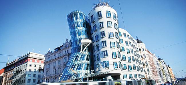 La Casa Danzante_ Praga