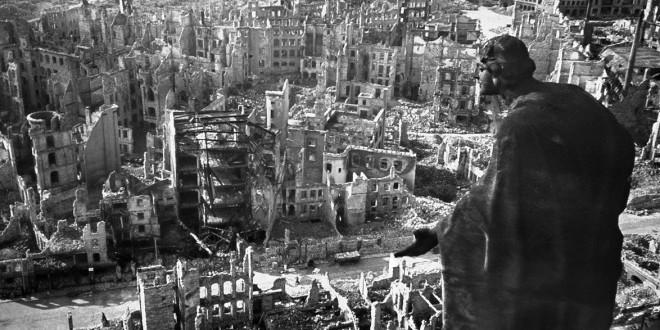 Risultati immagini per germania distrutta seconda guerra mondiale