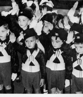 fascismo educazione cultura