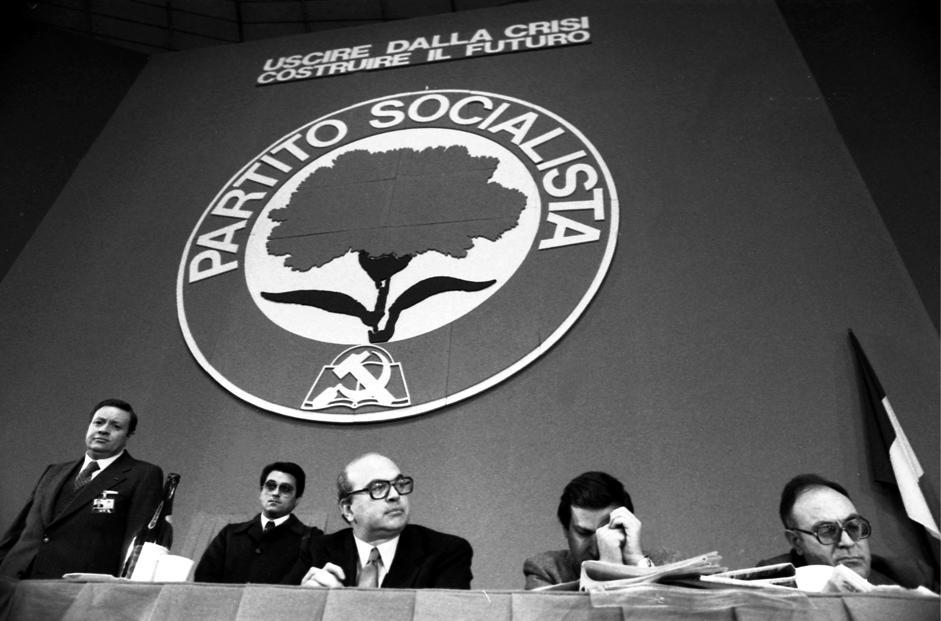 Bettino Craxi durante il Congresso di Torino.