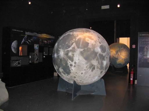 Cosa fare a Roma - fonte: https://www.google.com/url?sa=i&url=http%3A%2F%2Fwww.prontoroma.com%2Ftour%2Fplanetario-e-museo-astronomico-di-roma-2%2F&psig=AOvVaw2k1AXyViwJdPNBtSiorlon&ust=1614545938414000&source=images&cd=vfe&ved=0CAMQjB1qFwoTCLCQibv6iu8CFQAAAAAdAAAAABAy