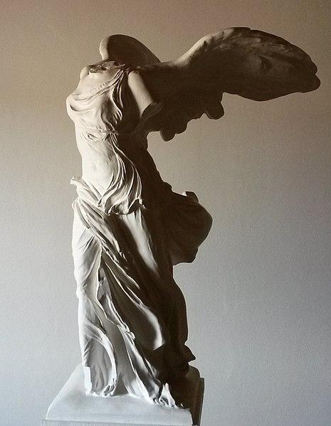 Nike al Museo del Louvre
